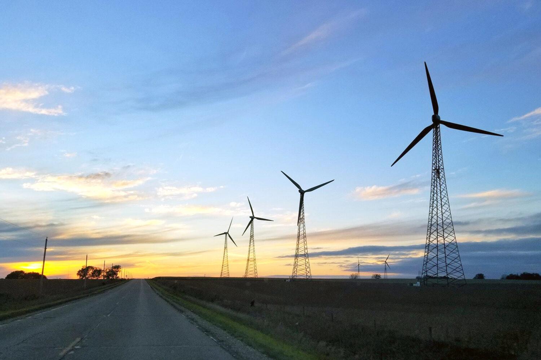 windmill-bg